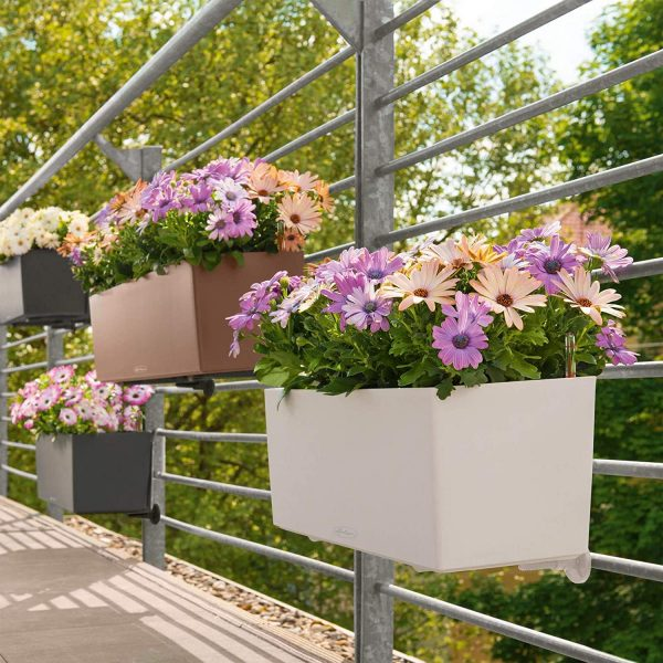 Planters for balconies